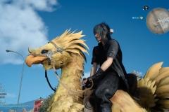 Final Fantasy XV - Noctis in groppa ad un Chocobo