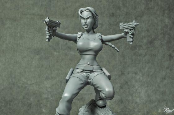 Un primo sguardo alle statuette di Lara Croft!